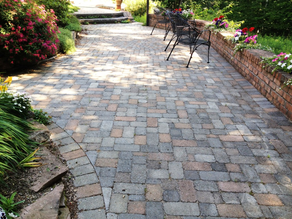 multi colored pavers used in patio design